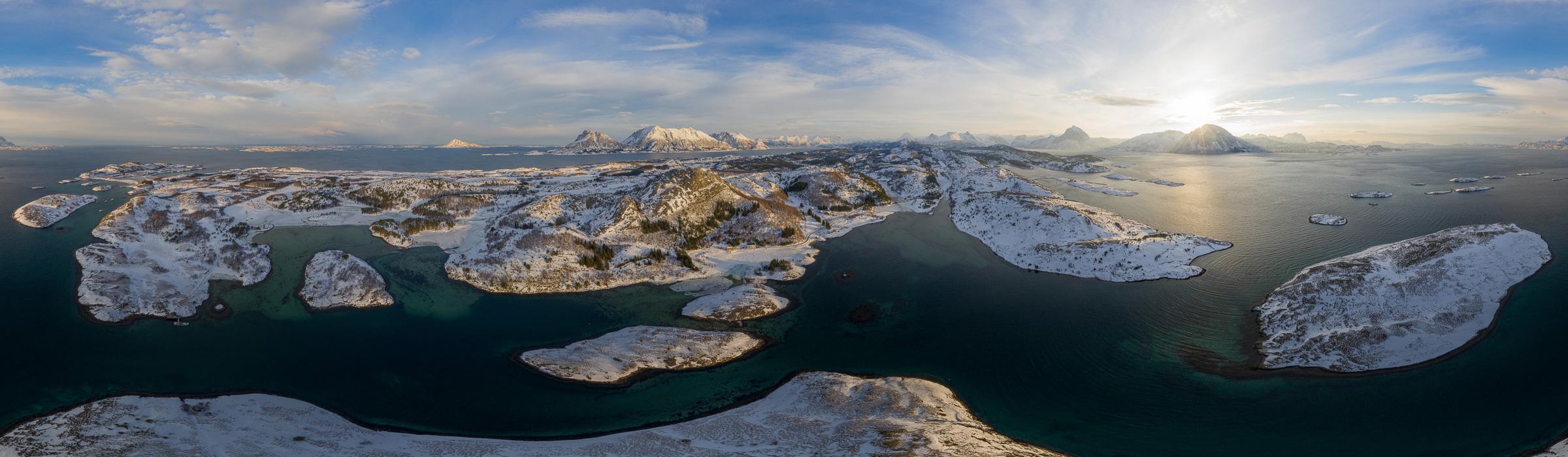 Drohnenpanorama - Tjongsfjord in Norwegen